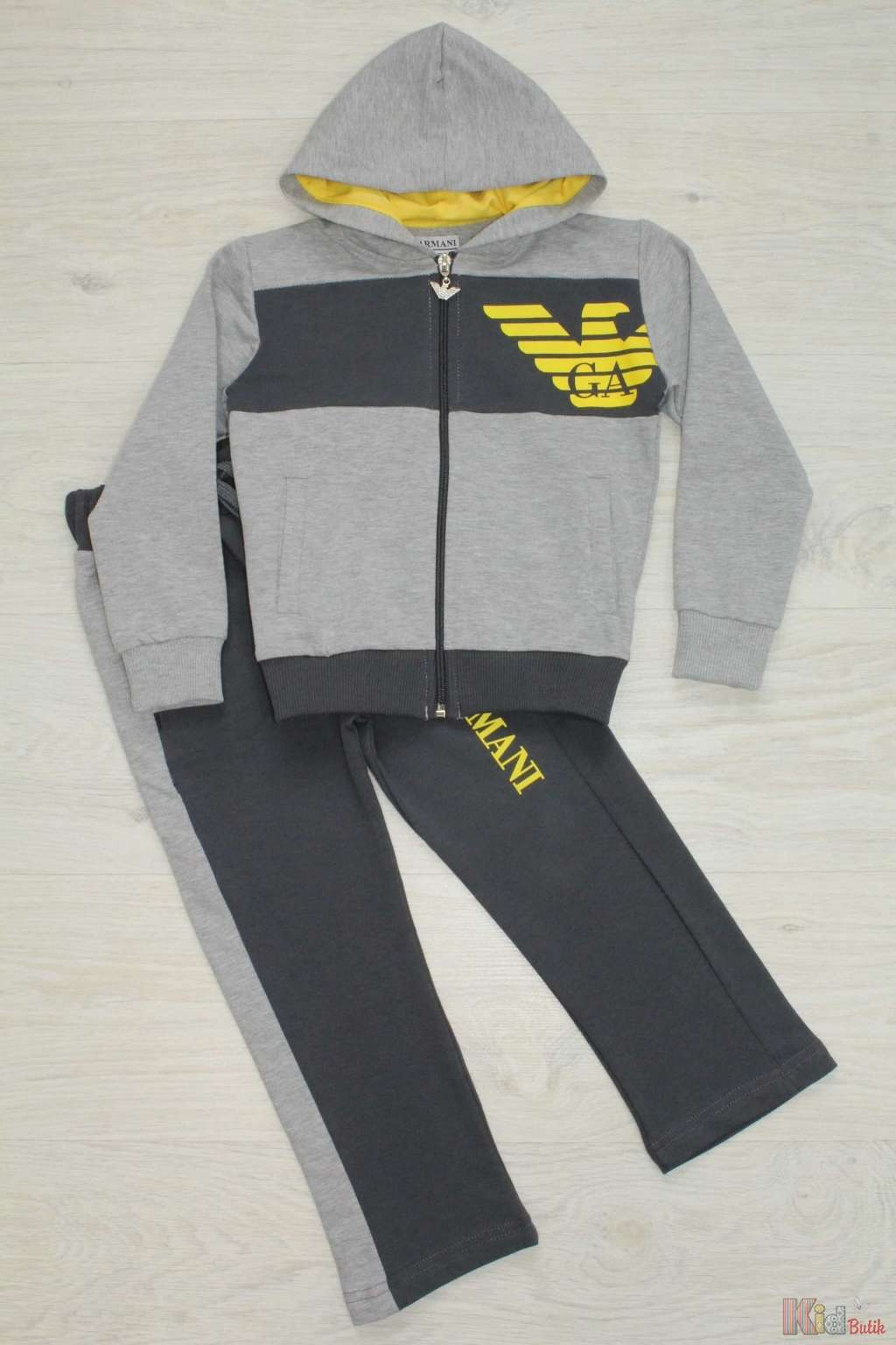 ᐈ Костюм спортивний для хлопчика Armani 2126000191772 купити в ... a4abb65870b42