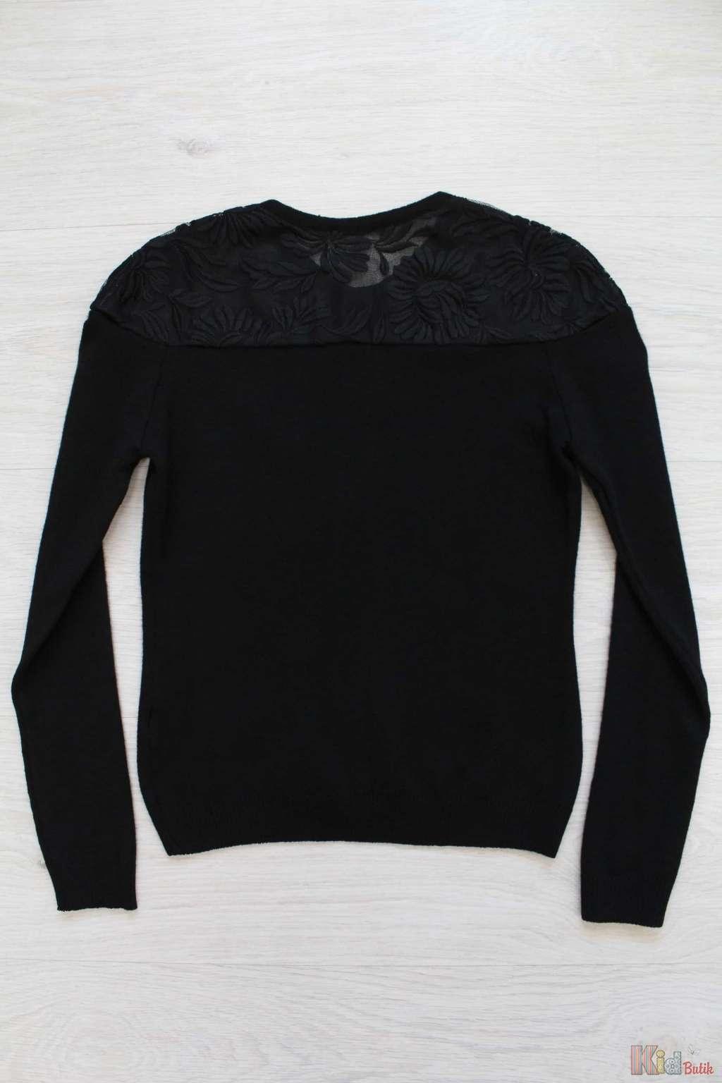 Пуловер с кружевной кокеткой доставка